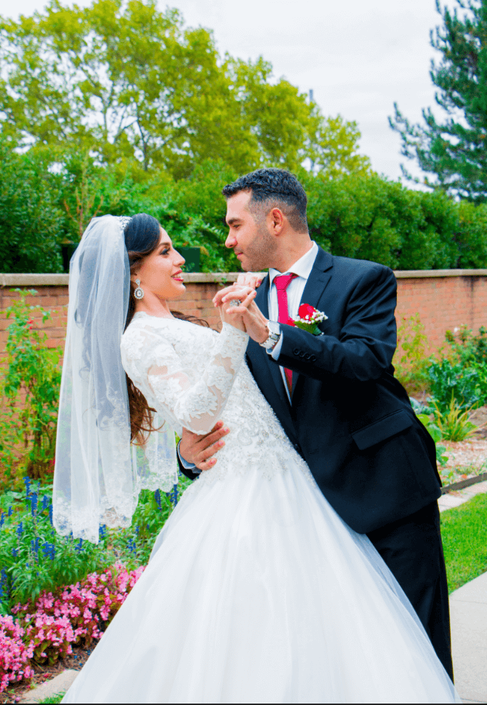 Pretty bride and groom photography by Airavata Studios